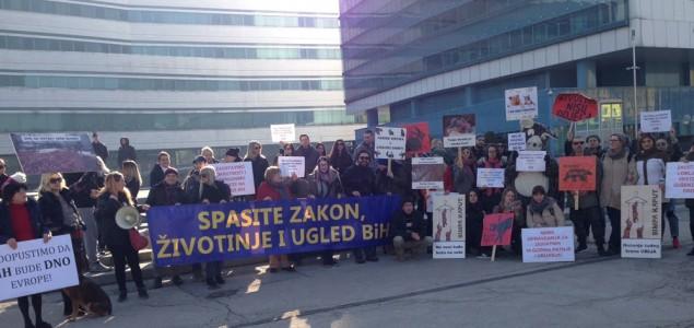 Zatvorimo farme krzna u BiH! Održani protesti u Sarajevu,Tuzli i Beogradu