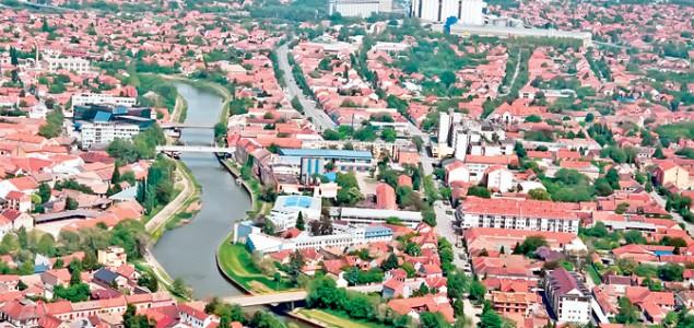 FAŠISTI U OFANZIVI NA DOMAKU ZRENJANINA<br>Zrenjanin odlazi u istoriju, vraća se Petrovgrad