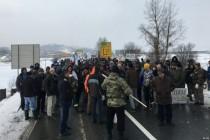 Bivši borci Armije BiH blokirali put Doboj – Sarajevo