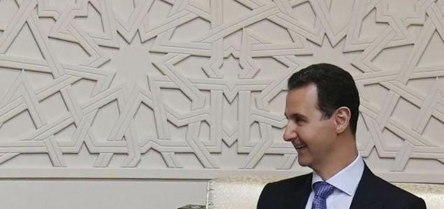 Asad vratio Francuskoj Legiju časti