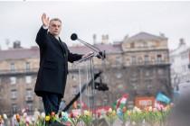 Orban preobražava Mađare na sliku svoju, ponovo piše udžbenike i istoriju