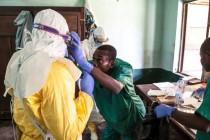 Deseci žrtava ebole u Kongu, počinje vakcinacija