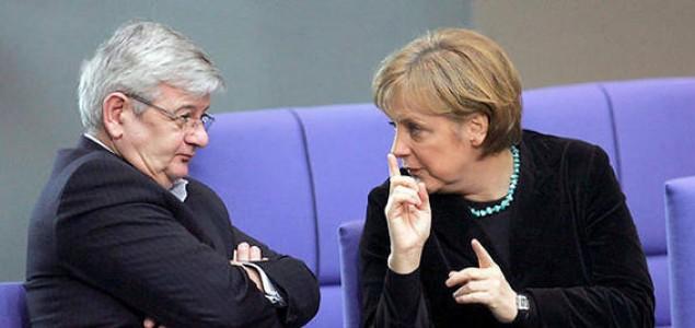 "Joschka Fischer: ""Europa mora postati neovisna moć"""