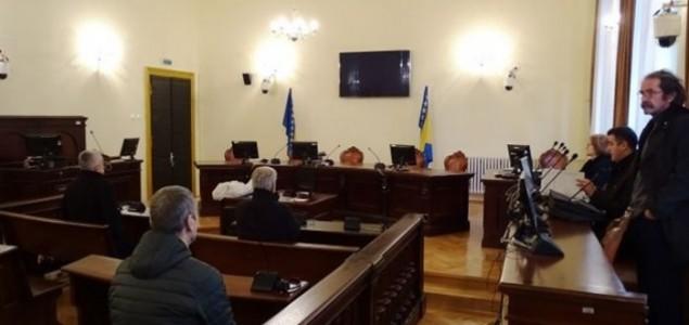 Incident na suđenju za Vranicu: Sudija Zadrić udaljio novinara Aliju Behrama