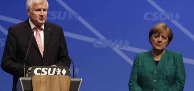 Njemački ministar 'podnosi ostavku' zbog migrantske politike