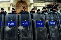 U Turskoj privođenje pisca Adnana Oktara i njegovih pristalica