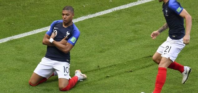 Svjetsko nogometno prvenstvo je najefikasnija brana od otrovnih poruka političara