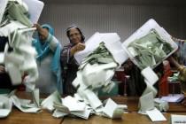 Stranka Imrana Kana vodi na izborima u Pakistanu