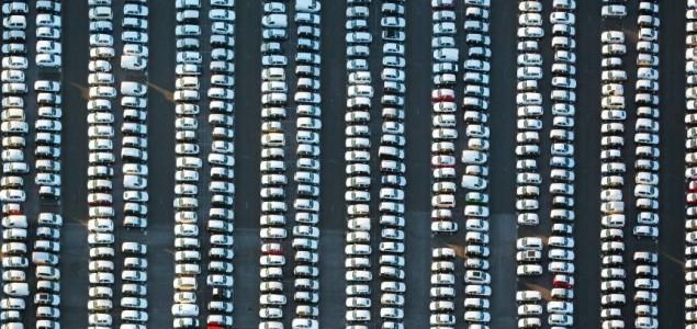 Trumpove planirane carine na auta <br>Punim gasom u propast