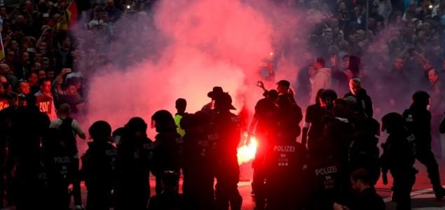 Šest ljudi povrijeđeno u Njemačkoj tokom protesta ekstremne desnice