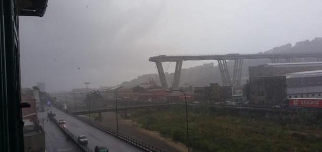 Italijanske vlasti: Najmanje 22 poginulih nakon rušenja mosta u Genovi