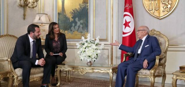 Talijanski ministar u Tunisu želi spriječiti polazak migranata