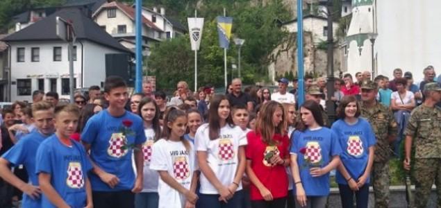 Drago Bojić: Političko zlostavljanje djece