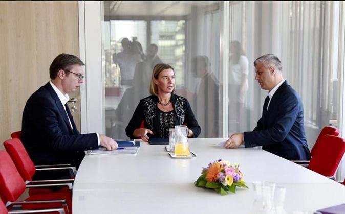 Meeting in Brussels; Photo: Twitter / Maja Kocijančič