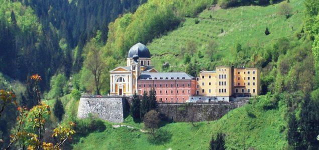Franjevci Bosne Srebrene ogradili se od podrške Draganu Čoviću