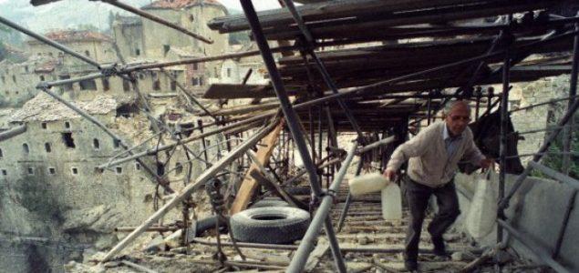 Svjedoci vremena: 25 godina od rušenja Starog mosta u Mostaru