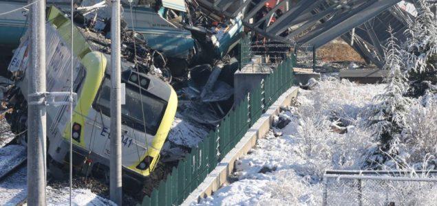 Niš: Urgentni centar primio više od 30 povređenih u železničkoj nesreći