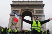 """Pariški ekonom o protestima """"žutih prsluka"""" <br>""""Niži srednji stalež ima sve manje novaca za život"""""""