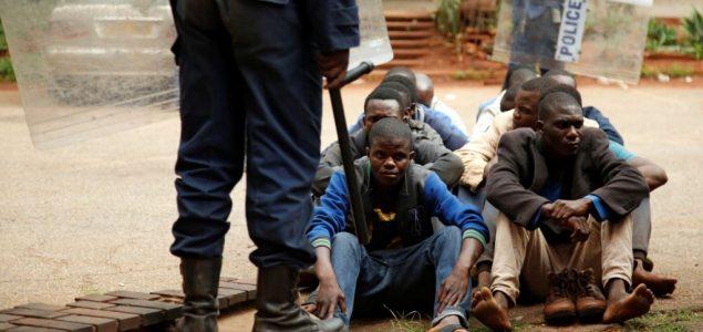 Vojska Zimbabvea provodi 'sistematsko mučenje' nad civilima