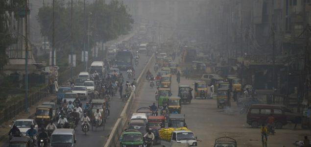 U Bangkoku zatvoreno više od 400 škola zbog zagađenja vazduha