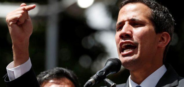 Guaido tvrdi da je razgovarao sa pripadnicima vojske Venecuele