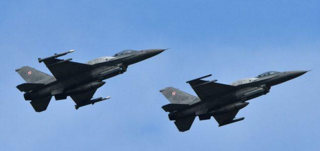 Pakistan 'oborio dva indijska aviona'