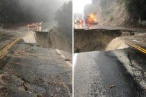 Poplava u Kaliforniji 'odnijela' cestu, stvorila ponor