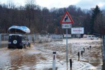 Izlile se rijeke Vrbas, Pliva i Bosna, još uvijek kritično u Busovači, kod Kaknja i Jajca