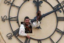 EU bi pomicanje sata mogla ukinuti tek 2020.