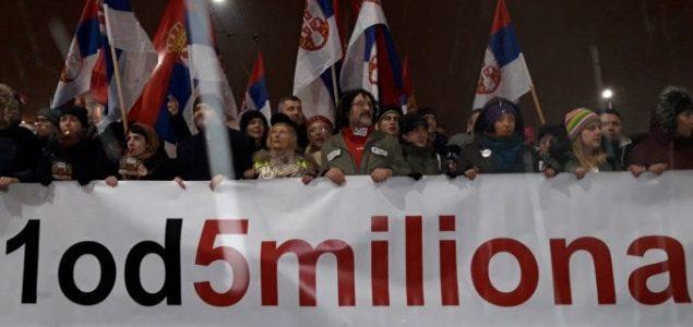 Vučić – samoubistvo nacije