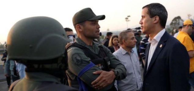 """Guaido kaže da je počela """"finalna faza"""" svrgavanja Madura"""