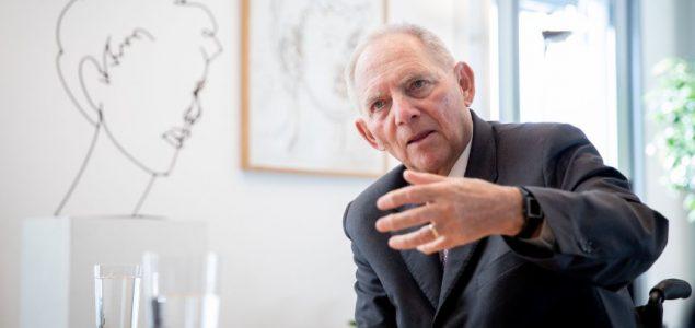 Uloga štampe: Schäuble gleda kritički na strategiju novinskih ureda partija
