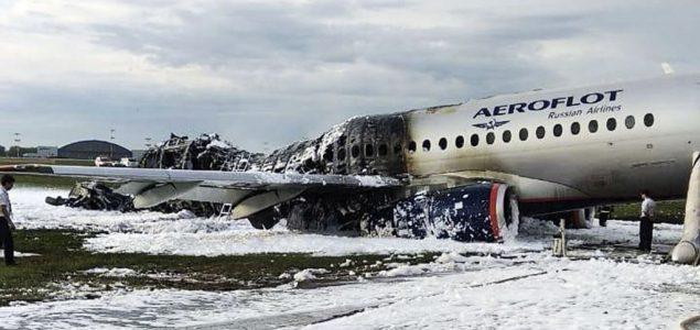 Moskva: U zapaljenom avionu poginula 41 osoba