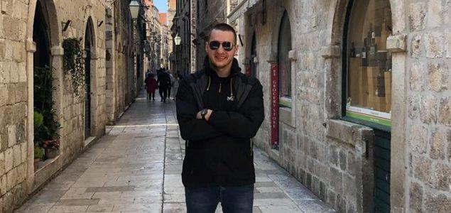 """Mustafa Mehić: """"Imamo idealno društvo – djeca iz osnovne škole Mustafa Busuladžić sele se u studentski dom Radovan Karadžić"""""""