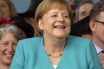 Govor protiv Trumpa u Harvardu: Obračun Merkelove