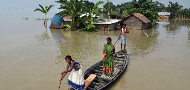U Indiji uslijed poplava ugroženo više od 63.000 ljudi