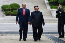 Besciljnih 20 istorijskih koraka: susret Trampa i Kima u Severnoj Koreji