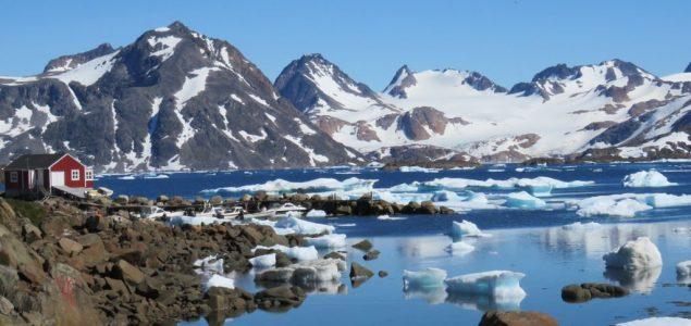 Na Grenlandu otkriveno više od 50 novih jezera zbog otopljavanja leda