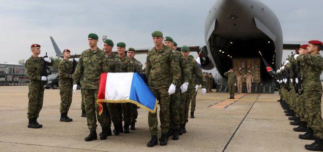 Nepotrebna vojnička smrt u licemjernim raljama politike