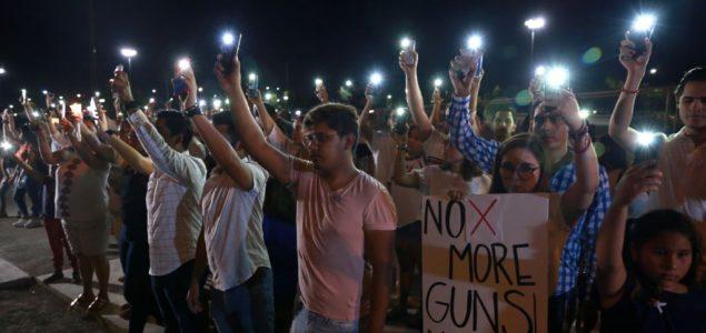 Porast zločina iz mržnje i domaćeg terorizma u SAD