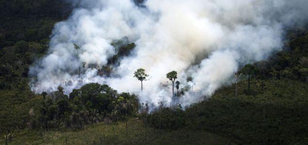 Macron: Čelnici G7 blizu dogovora o planu pomoći Amazonu