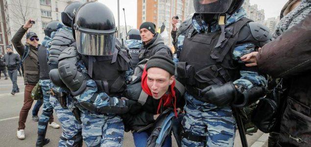 Na prosvjedu u Moskvi 50.000 okupljenih tražilo slobodne izbore