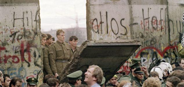 I dalje dve Nemačke, 30 godina posle pada Berlinskog zida