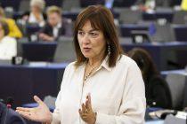 Demokratska i demografska kompromitacija Europske komisije, ne priznanje nekonsolidiranoj Hrvatskoj