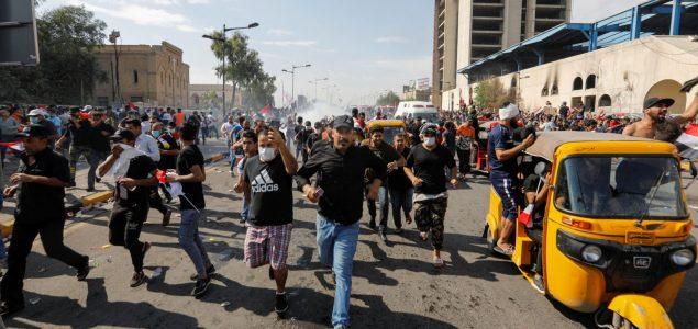Irak: 23 mrtvih, 1.800 povređenih na protestima protiv vlasti