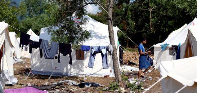 Bihać na korak do humanitarne katastrofe: Migranti polovili obroke i spavali na otvorenom