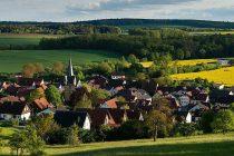 Potrebno je cijelo selo: Dobrovoljno primanje izbjeglica u evropskim komunama omogućava demokratsko oživljavanje odozdo