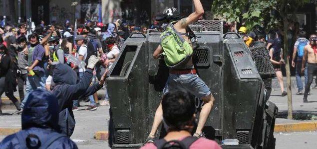 Čileanci na ulicama, nezadovoljni ustupcima vlade