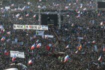 Uoči 30. godišnjice 'Plišane revolucije' stotine hiljada Čeha ponovo na protestima