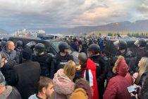 Krvava akcija deblokade deponije Uborak: Policija udarala djecu, žene, ratne vojne invalide